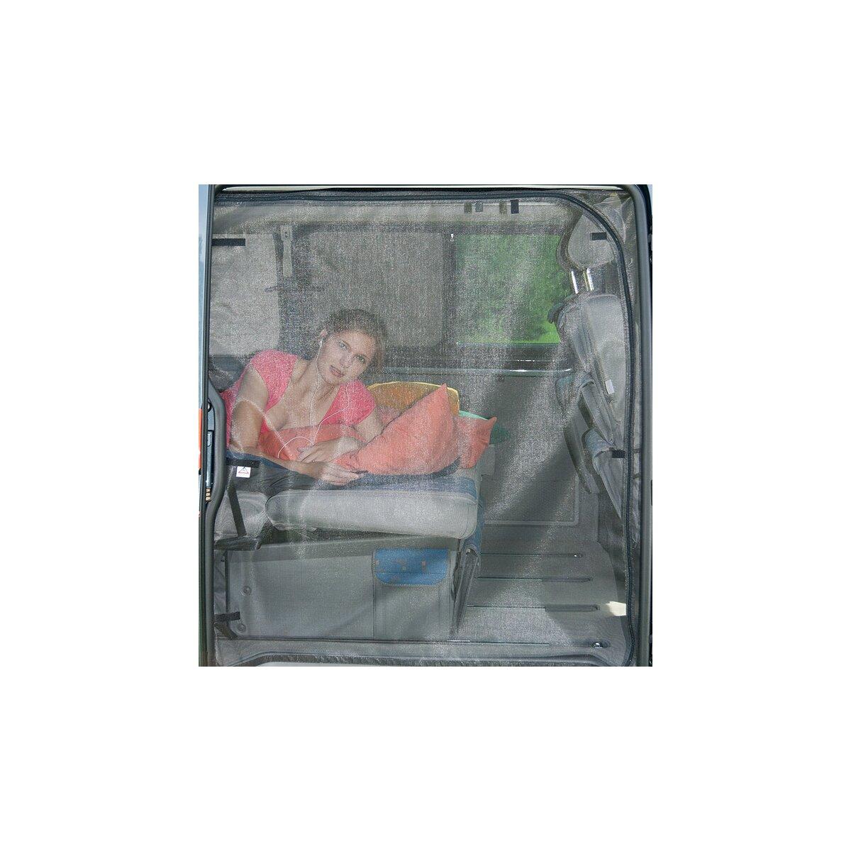 flyout schiebet r ffnung mit mittelrei verschluss. Black Bedroom Furniture Sets. Home Design Ideas